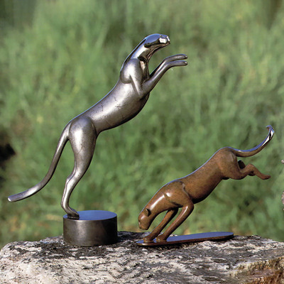 "Loet Vanderveen - CHEETAH, ROYAL (307) - BRONZE - 13 X 5 X 15 - Free Shipping Anywhere In The USA! <br> <br>These sculptures are bronze limited editions <br> <br><a href=""/[sculpture]/[available]-[patina]-[swatches]/"">More than 30 patinas are available</a>. Available patinas are indicated as IN STOCK. All others must be ordered. Please call the galleries with special order details if not in stock."